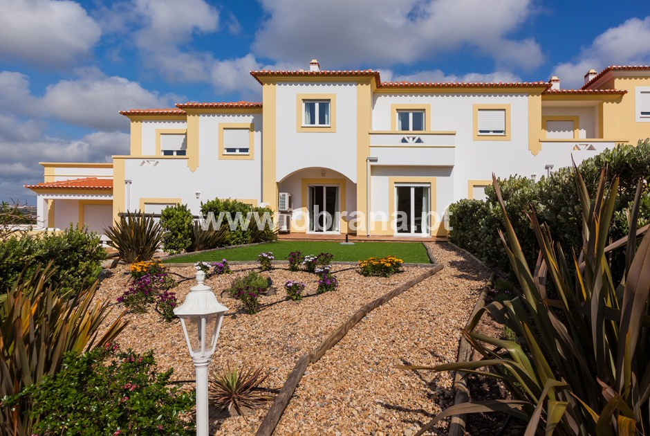 Residence -Villa O:  Golden Visa Investment Home, close to Beach