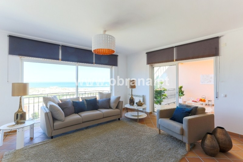 3 bed Sea View Apt - SOLD